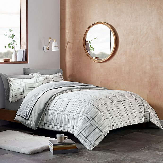 Alternate image 1 for UGG® Devon 2-Piece Reversible Twin/ Twin XL Comforter Set in Grey Plaid