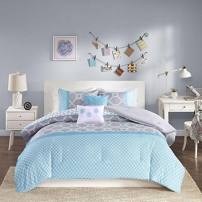 Alternate image 1 for Intelligent Design Clara Reversible Comforter Set in Blue