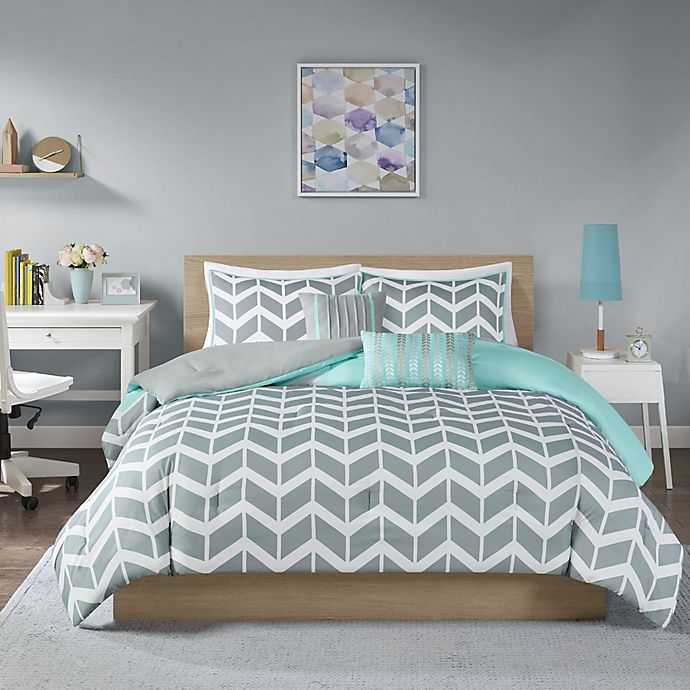 Alternate image 1 for Nadia Reversible Duvet Cover Set in Teal