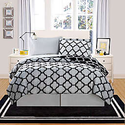 VCNY Galaxy 6-Piece Reversible Queen Comforter Set in Black/White
