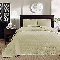 Madison Park Quebec 3-Piece Reversible Queen Bedspread Set in Yellow