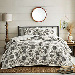 Bee & Willow™ 3-Piece Cary Floral Quilt Set